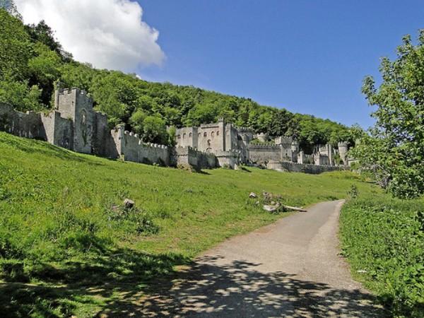 Gwrych Castle - 10 minute stroll from Manorafon